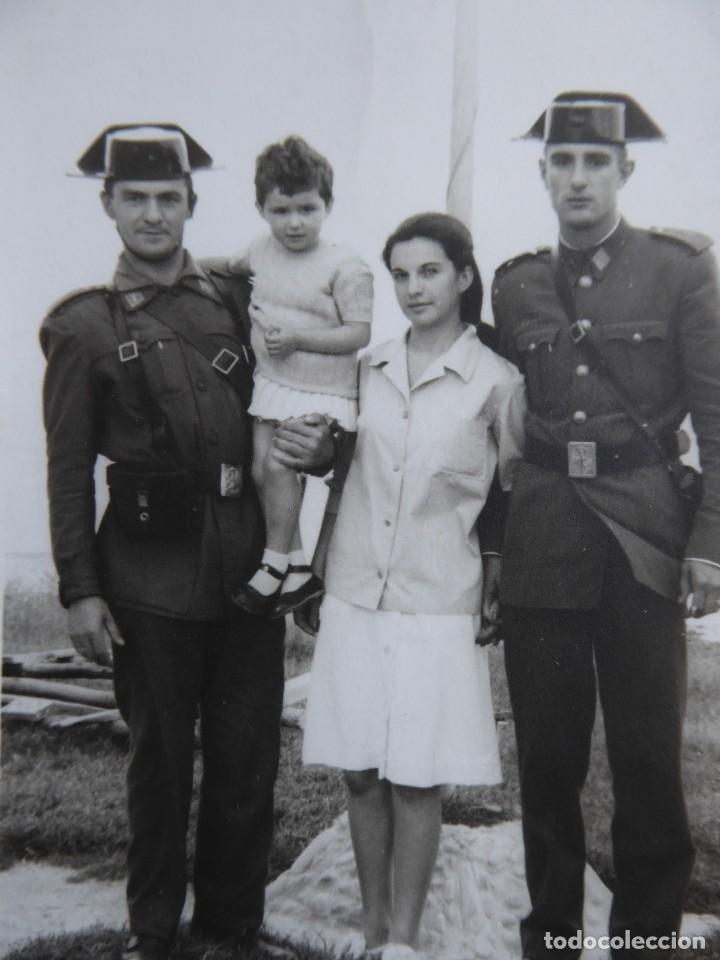 FOTOGRAFÍA GUARDIAS CIVILES. (Militar - Fotografía Militar - Otros)