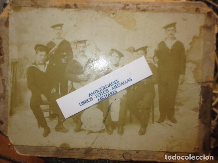 Militaria: antigua foto siglo XIX FAMILIA MILITAR MARINA Y UNIFORMES MELILLA ALICANTE O CARTAGENA - Foto 4 - 120527283