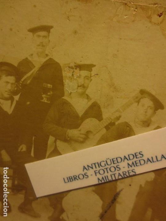 Militaria: antigua foto siglo XIX FAMILIA MILITAR MARINA Y UNIFORMES MELILLA ALICANTE O CARTAGENA - Foto 2 - 120527283