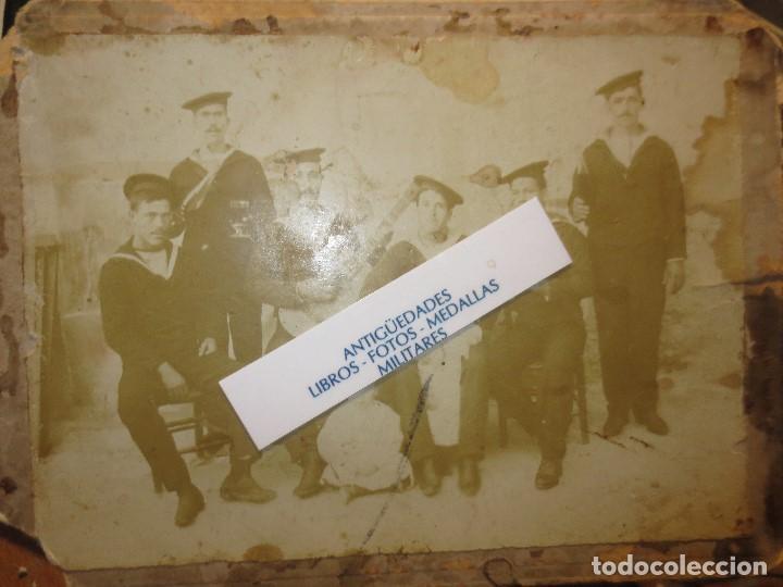 Militaria: antigua foto siglo XIX FAMILIA MILITAR MARINA Y UNIFORMES MELILLA ALICANTE O CARTAGENA - Foto 3 - 120527283
