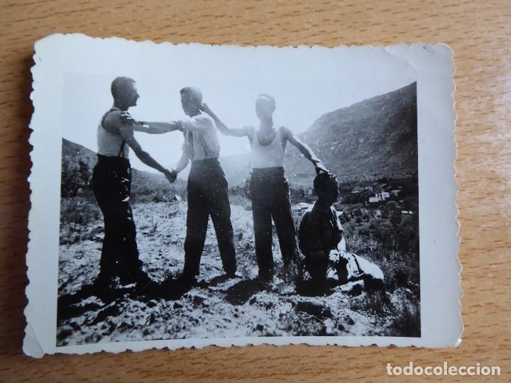 Militaria: Fotografía Guardias Civiles. Franco - Foto 2 - 120841991