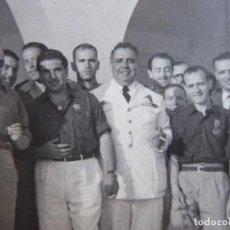 Militaria: FOTOGRAFÍA PILOTO FALANGISTA AVIACIÓN. 1955. Lote 120842871