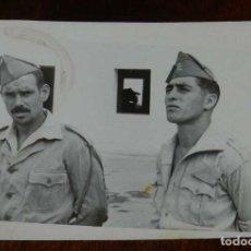 Militaria: FOTOGRAFIA DE CUARTEL DE LEGIONARIOS, LEGION, POSIBLEMENTE EN EL SAHARA ESPAÑOL, AÑOS 40, FOTO MAR. Lote 121360651