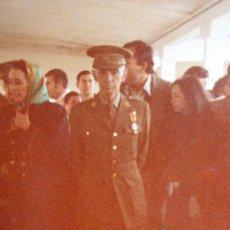 Militaria: FOTOGRAFÍA TENIENTE GENERAL DEL EJÉRCITO ESPAÑOL. MEDALLA MÉRITO MILITAR INDIVIDUAL. Lote 121655639