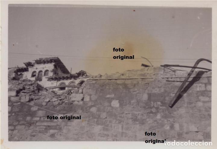 DESTROZOS ZONA SEMINARIO TERUEL CTV DIVISION LITTORIO BATALLA TERUEL GUERRA CIVIL (Militar - Fotografía Militar - Guerra Civil Española)