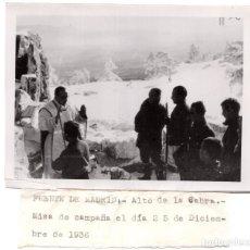 Militaria: FRENTE DE MADRID ALTO DE LA CABRA MISA COMPAÑIA EL 25 DE DICIEMBRE DE 1936. FOTO DELESPRO. Lote 122207027