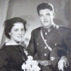Militaria: FOTOGRAFÍA GUARDIA CIVIL ESPECIALISTA CONDUCTOR. SEVILLA 1958. Lote 122231223