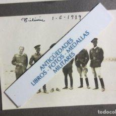 Militaria: 1939 TILIUIN GUERRA CIVIL ESPAÑOLA GRUPO DE OFICIALES FOTO ORIGINAL. Lote 123758959