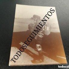 Militaria: PARACA ESPAÑOL LEGIONARIO BRIPAC BRIGADA PARACAIDISTA SALTO AVIÓN FOTO MILITAR ANTIGUA ORIGINAL. Lote 125302435