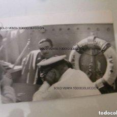 Militaria: A1 FOTO ORIGINAL TRIPULACIÓN SUBMARINO ARMADA ESPAÑOLA AÑO 1952. Lote 125304143