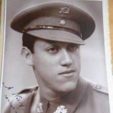 Militaria: FOTOGRAFÍA ALFÉREZ PROVISIONAL DEL EJÉRCITO ESPAÑOL. 1941. Lote 126763911