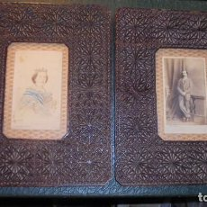 Militaria: PAREJA DE FOTOGRAFIAS ALBUMINAS S.XIX LA REINA ISABEL II - FRANCISCO DE ASIS ( LA PAQUITA ) CON SUS. Lote 127939391