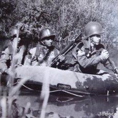 Militaria: FOTOGRAFÍA PARACAIDISTAS BRIGADA PARACAIDISTA. BRIPAC. Lote 128115115