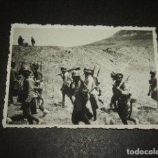 Militaria: GANDESA TARRAGONA MILITARES NACIONALES EN EL FRENTE FOTOGRAFIA POR SOLDADO ALEMAN LEGION CONDOR. Lote 128818303