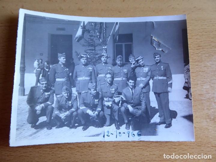 Militaria: Fotografía Guardias Civiles. 1966 - Foto 2 - 129023615