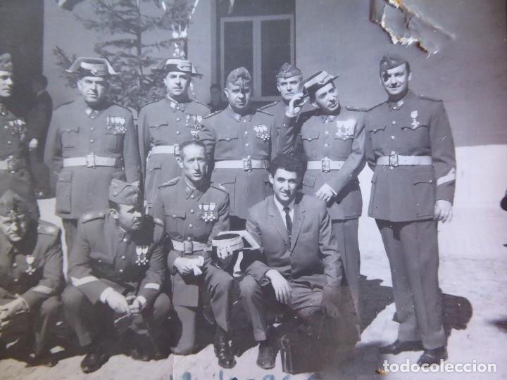 Militaria: Fotografía Guardias Civiles. 1966 - Foto 5 - 129023615