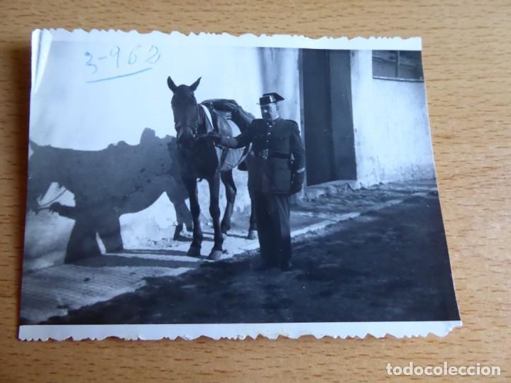 Militaria: Fotografía sargento Guardia Civil. - Foto 2 - 130076951
