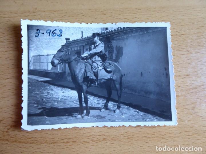 Militaria: Fotografía sargento Guardia Civil. - Foto 2 - 130077003