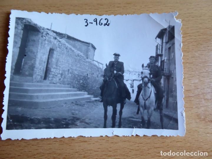 Militaria: Fotografía sargento Guardia Civil. 1962 - Foto 2 - 130077083