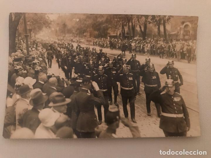 FOTOGRAFÍA POSTAL DESFILE MILITAR EN ALEMANIA, POST PRIMERA GUERRA MUNDIAL? GUSTAV LEUTER (Militar - Fotografía Militar - I Guerra Mundial)