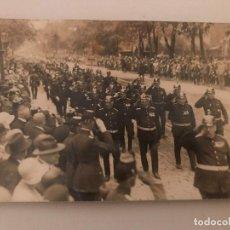 Militaria: FOTOGRAFÍA POSTAL DESFILE MILITAR EN ALEMANIA, POST PRIMERA GUERRA MUNDIAL? GUSTAV LEUTER. Lote 130428226