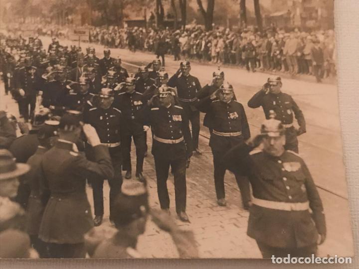 Militaria: Fotografía postal desfile militar en Alemania, Post primera guerra mundial? Gustav Leuter - Foto 2 - 130428226