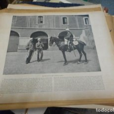 Militaria: HOJA CON FOTOGRAFIA SOLDADOS REGIMIENTO CAZADORES DE ALCANTARA. Lote 130474774