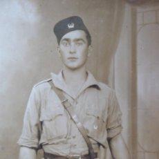 Militaria: FOTOGRAFÍA SOLDADO REGULARES. GUERRA CIVIL. Lote 131129744