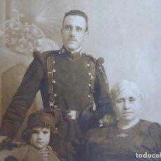 Militaria: FOTOGRAFÍA SOLDADO DEL EJÉRCITO ESPAÑOL. REGIMIENTO INMEMORIAL DEL REY. Lote 131297515