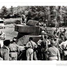 Militaria: GUERRA CIVIL. CAMIÓN BLINDADO RUSO SOBRE CHASSIS 3HC DE LAS BRIGADAS INTERNACIONALES. 19,5 X 15 CM. Lote 131699878