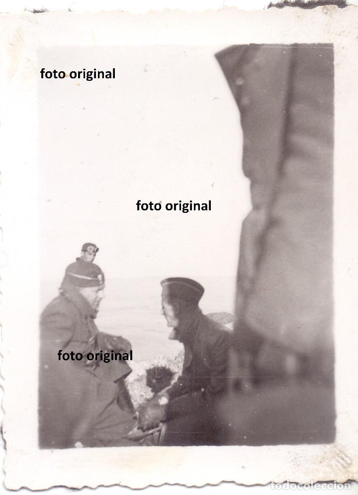 LEGION CONDOR OFICIALES CALAVERA?? GORRO A PUERTAS TERUEL 1938 GUERRA CIVIL (Militar - Fotografía Militar - Guerra Civil Española)