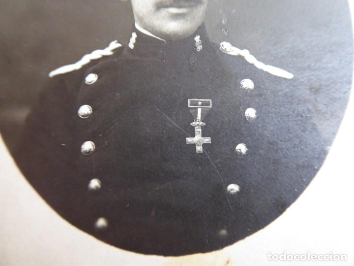 Militaria: Fotografía Guardia Civil. Cruz del mérito militar con distintivo rojo - Foto 4 - 132837494