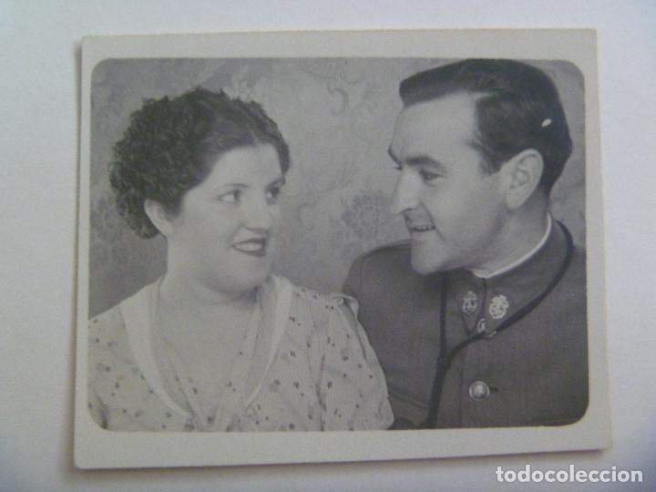 GUERRA CIVIL - GUARDIA CIVIL: FOTO DE UN AGENTE CON CORDON DE PISTOLA AL CUELLO, REPUBLICA (Militar - Fotografía Militar - Guerra Civil Española)