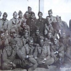 Militaria: FOTOGRAFÍA PROFESORES Y CADETES ACADEMIA GENERAL DEL AIRE. SAN JAVIER 1949. Lote 133497970