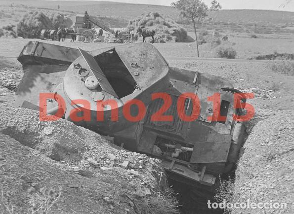 Militaria: Tanque Destruido en Sarrion Teruel Guerra Civil Española - Negativo de Celuloide - Foto 2 - 133543282