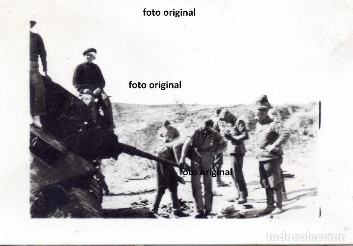 TANQUE REPUBLICANO T-26 RUSO INUTILIZADO BATALLA DE TERUEL ENERO 1938 LEGION CONDOR GUERRA CIVIL (Militar - Fotografía Militar - Guerra Civil Española)