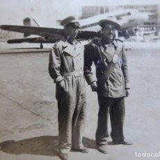 Militaria: FOTOGRAFÍA GUARDIA JURADO. AEROPUERTO DE BARAJAS. Lote 134052606