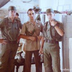 Militaria: FOTOGRAFÍA SOLDADOS DEL EJÉRCITO ESPAÑOL. MILI OTAN. Lote 134123230