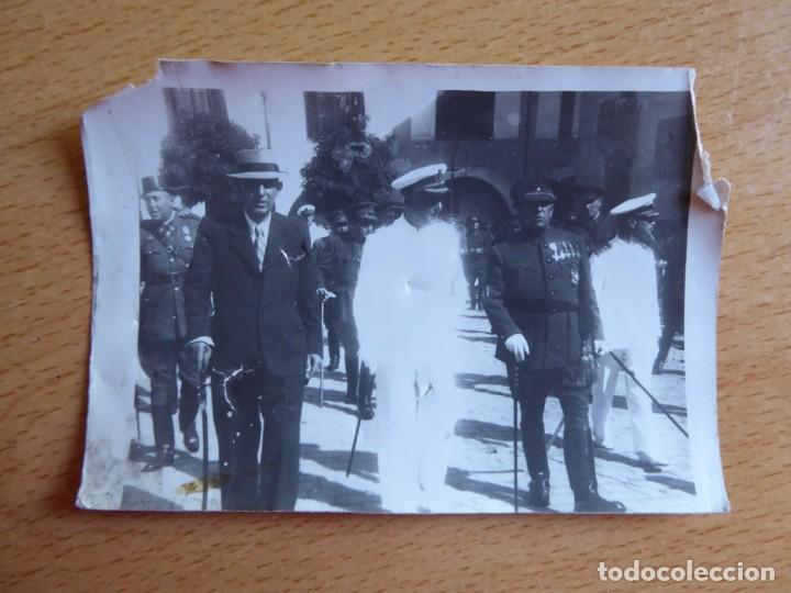 Militaria: Fotografía Guardia Civil. Medalla Mérito Militar Individual - Foto 2 - 134958418