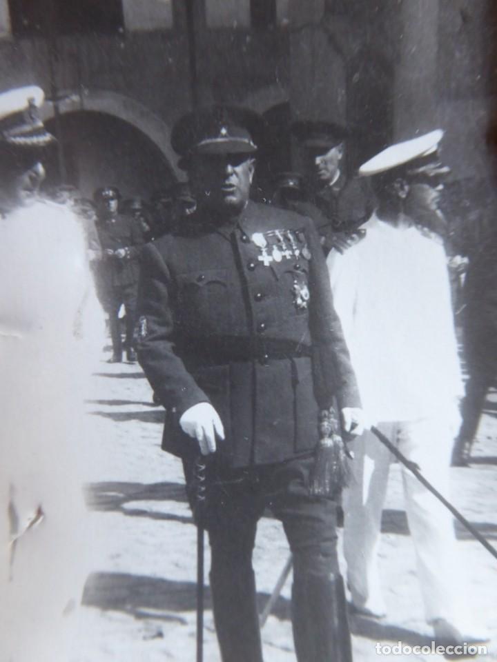 Militaria: Fotografía Guardia Civil. Medalla Mérito Militar Individual - Foto 4 - 134958418