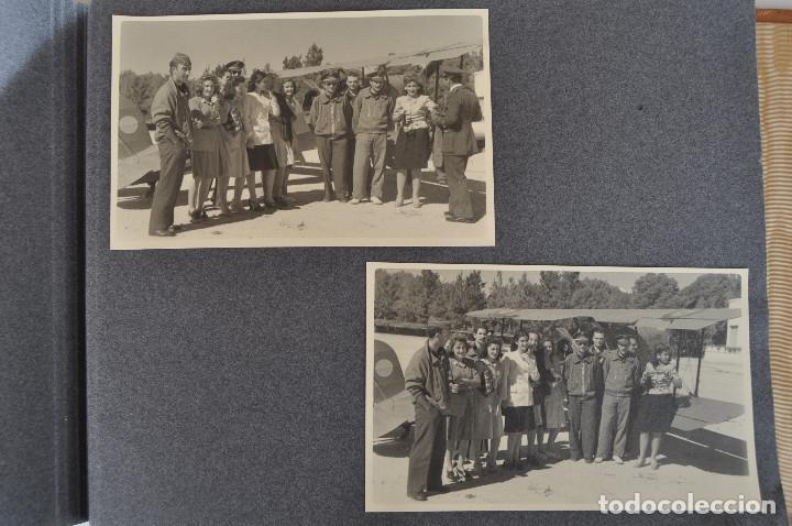 Militaria: ÁLBUM. ALICANTE 12 DE OCTUBRE 1944. VIRGEN DEL CARMEN. PERSONALIDADES. FALANGE. AVIACIÓN. BASE AÉREA - Foto 27 - 135226126