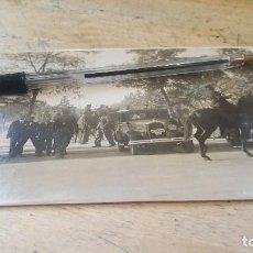 Militaria: ENTIERRO COMUNISTA J. DEL GRADO ESCALONA, GUARDIAS DE ASALTO CONTROLAN LA MANIFESTACION, 1934. Lote 136004498