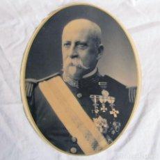 Militaria: FOTOGRAFÍA GENERAL ÉPOCA DE ALFONSO XIII. MUCHAS CONDECORACIONES. Lote 136047974