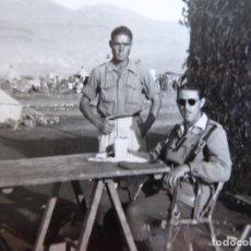 Militaria: FOTOGRAFÍA ALFÉREZ DEL EJÉRCITO ESPAÑOL. TARKA 1943. Lote 136228306