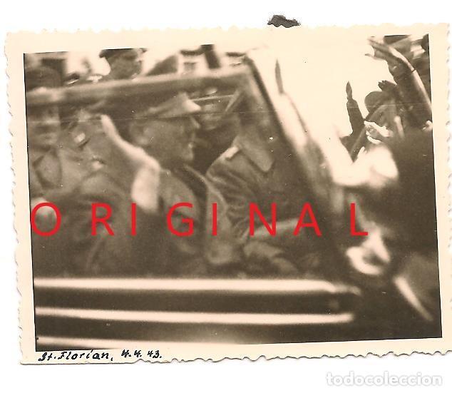 ADOLF HITLER EN VISITA A LA CIUDAD DE ST. FLORIAN EN FECHA 4 DE ABRIL DE 1943 (Militar - Fotografía Militar - II Guerra Mundial)