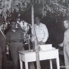 Militaria: FOTOGRAFÍA COMANDANTE DEL EJÉRCITO POPULAR DE LA REPÚBLICA. EL PARDO 1937. Lote 137850006