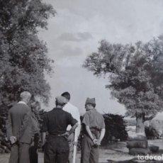 Militaria: FOTOGRAFÍA COMANDANTE DEL EJÉRCITO POPULAR DE LA REPÚBLICA. EL PARDO 1937. Lote 137851070