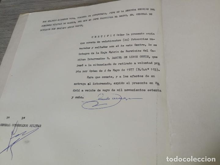 Militaria: ANTIGUA FOTOGRAFIA OFICIAL DE GALA - GENERAL DE INTERVENCIÓN - REGULARES - CON SUS CONDECORACIONES - Foto 9 - 138990290