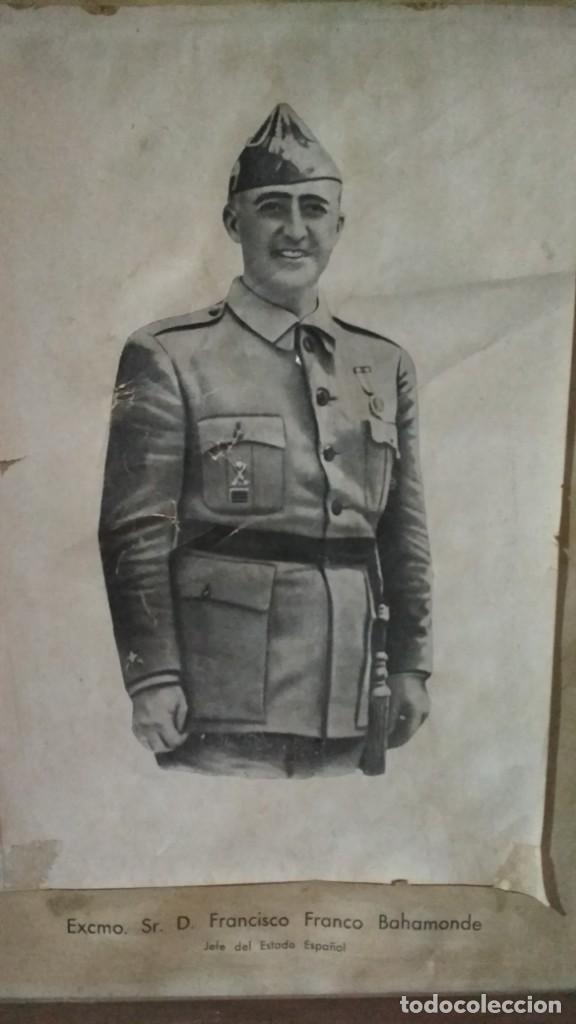 Militaria: fotografía o dibujo francisco franco jefe del estado español enmarcada 41x56 cm. De antigua escuela - Foto 2 - 139131806