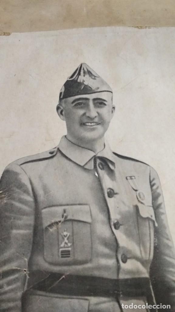 Militaria: fotografía o dibujo francisco franco jefe del estado español enmarcada 41x56 cm. De antigua escuela - Foto 5 - 139131806